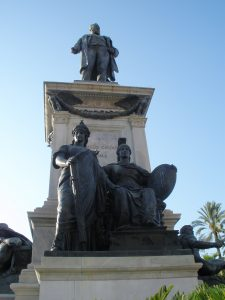 Statue of Cavour, facing the Palace of Justice
